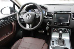 Volkswagen Touareg TDI driver's seat