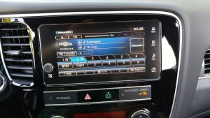 2019 Mitusbishi Outlander PHEV audio panel
