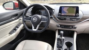 2019 Nissan Altima driver's seat